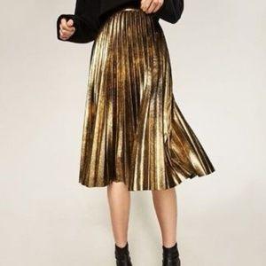 RARE- Zara Gold Pleated Skirt
